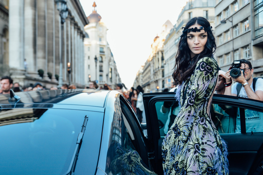 10-fall-2015-couture-street-style-02